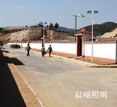 新农村5米太阳能路灯